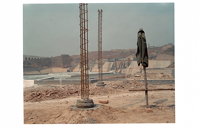 Site, April 1999 小浪底现场, 1999 年 04 月, 107 x 133 cm